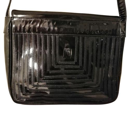 9b70a4d92983 Fendi Handbag Patent leather in Black - Second Hand Fendi Handbag ...