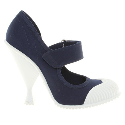 Prada Pumps in Blau