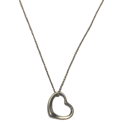 Tiffany & Co. Catena d'argento con pendente cuore