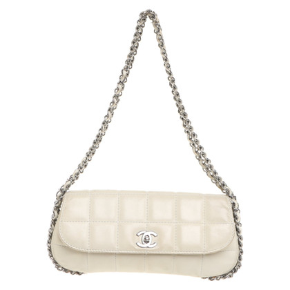 Chanel Flap Bag in bianco crema