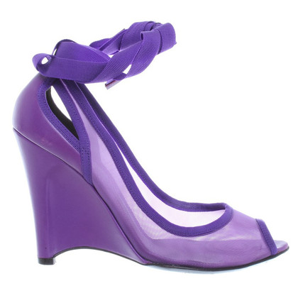 Fendi Peeptoes in violet