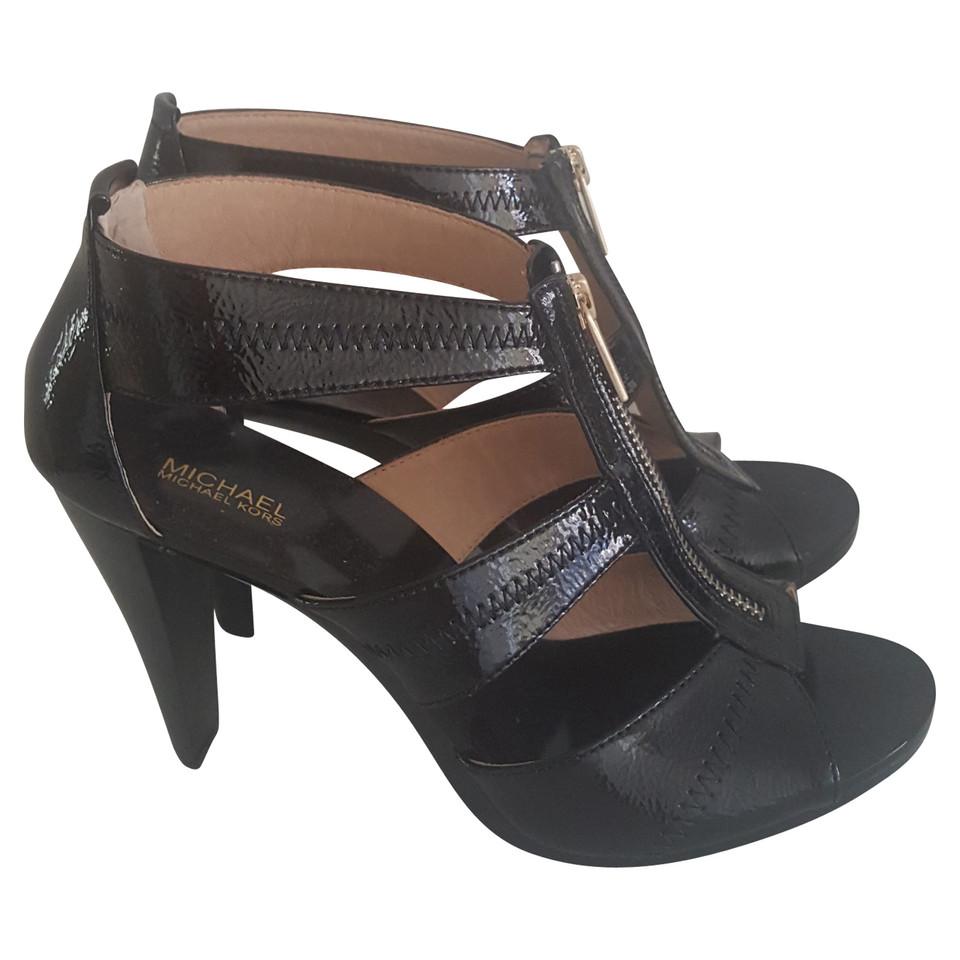 michael kors high heels buy second hand michael kors high heels for. Black Bedroom Furniture Sets. Home Design Ideas