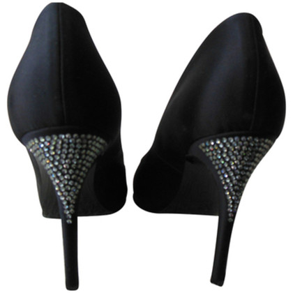Max Mara Pumps with Rhinestone