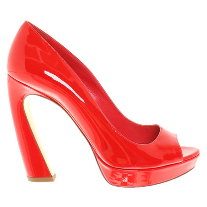 Miu Miu Patent leather pumps in red