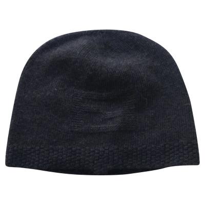 d88882eb336 Fendi Hats and Caps Second Hand  Fendi Hats and Caps Online Store ...