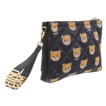 Moschino Clutch mit Steppung