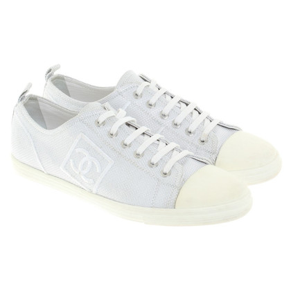 Chanel Silberfarbener Sneakers