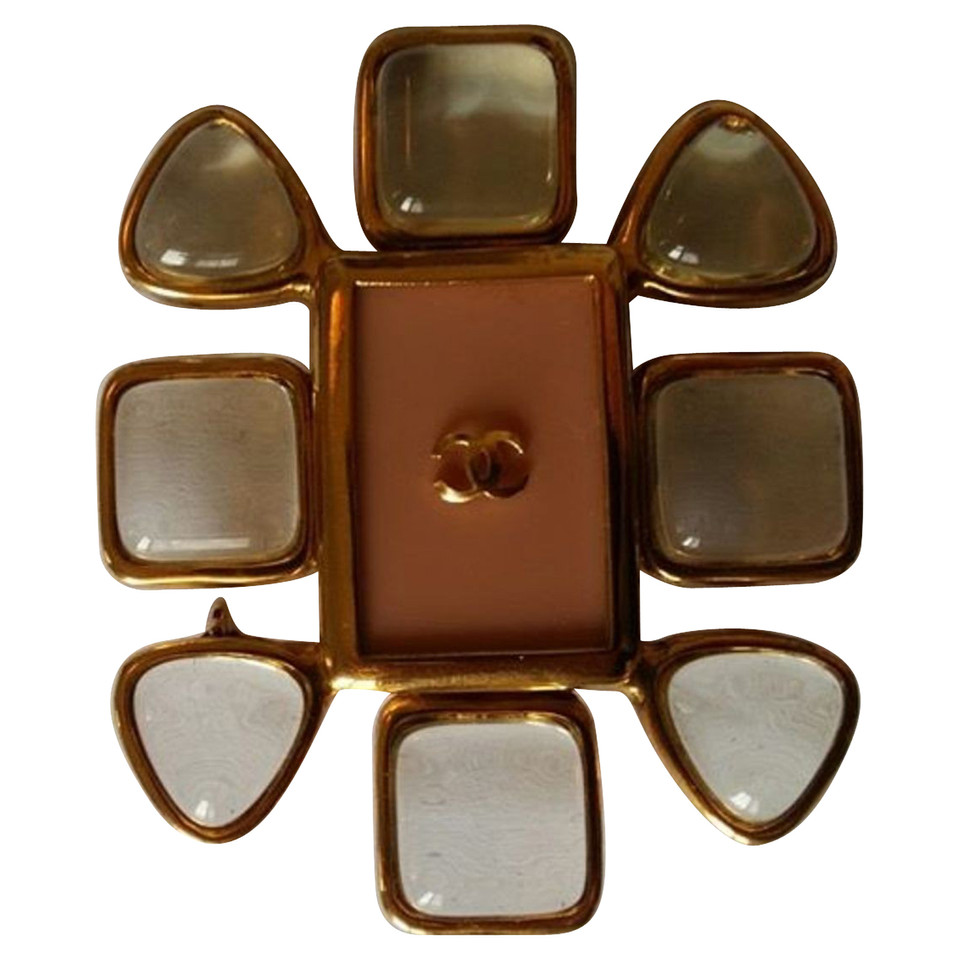 Chanel Vintage brooch