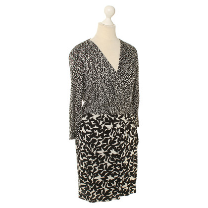 Diane von Furstenberg Patterned silk wrap dress