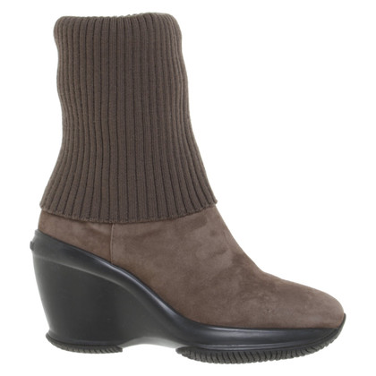 Hogan Ankle boots in brown