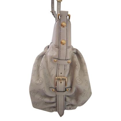 Louis Vuitton Women's leather handbag Mahina