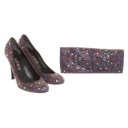 Gina pumps e clutch