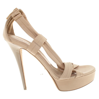 Burberry Leder-Pumps in Beige