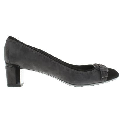 Tod's pumps in grijs / zwart