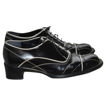 Prada Chaussures à lacets