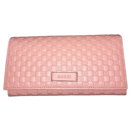Gucci Cbdb0402-embossed wallet