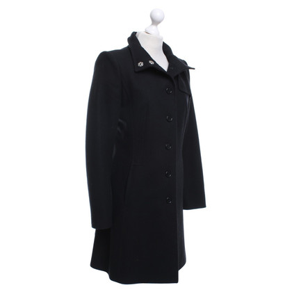 Hugo Boss Coat in black