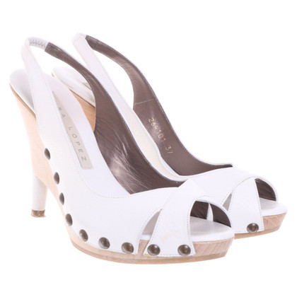 Pura Lopez Sandals in white