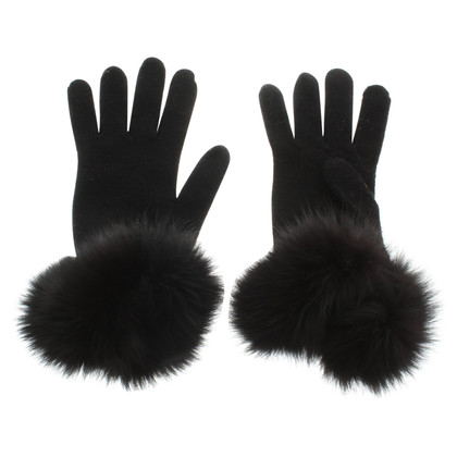 Other Designer Regina - Gloves in black with fur trim