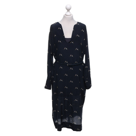 Turnover Kleid mit Muster Bunt / Muster