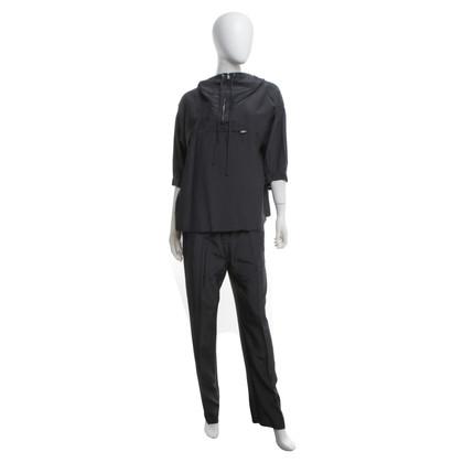 Prada Top e pantaloni in grigio scuro