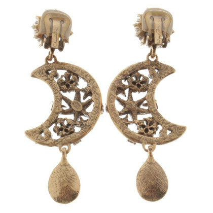Oscar de la Renta Ear clips with gemstones