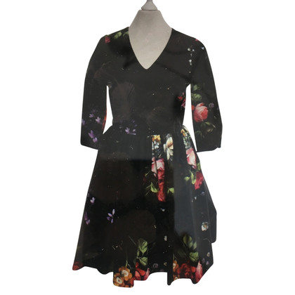 Tara Jarmon Dress with a floral pattern