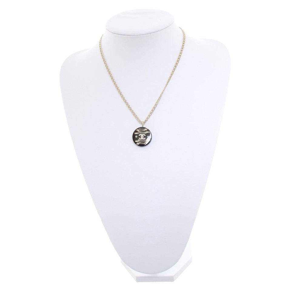 Chanel Chain with pendant