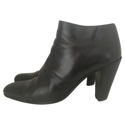 DKNY DKNY Donna Karan Nightgown ankle boot