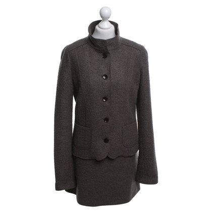 St. Emile Costume in brown