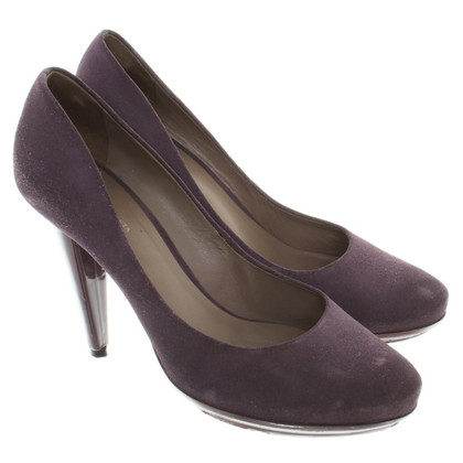 Bottega Veneta Suede Pumps in Purple
