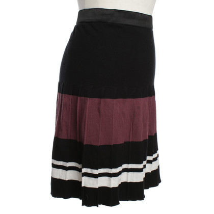 Marc Cain skirt with pleated pleats