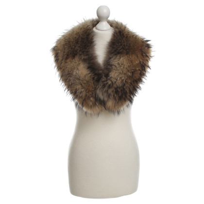 Other Designer Voluminous fur collar