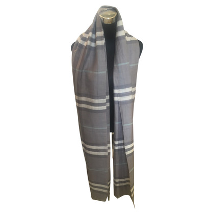 Burberry Wool/silk stole