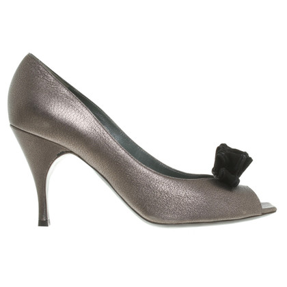 Marc Jacobs pumps in metallic