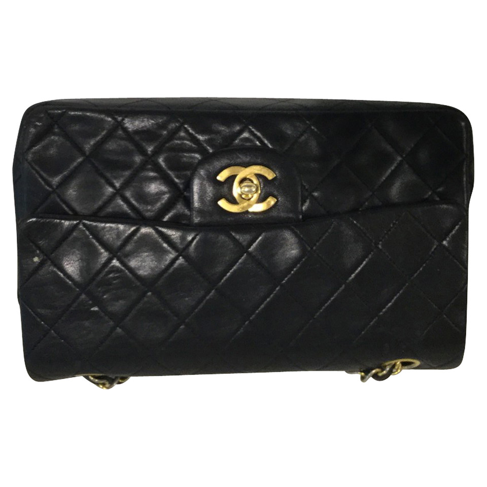 chanel tasche klein second hand chanel tasche. Black Bedroom Furniture Sets. Home Design Ideas
