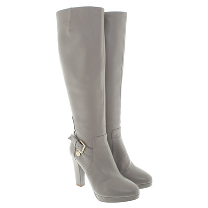 Patrizia Pepe Boots in a light taupe