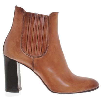 Santoni Boots in Bruin
