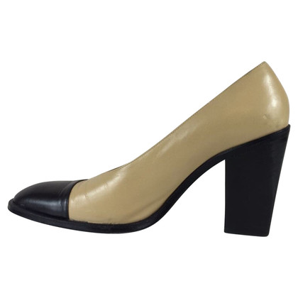 Chanel Tacco pumps