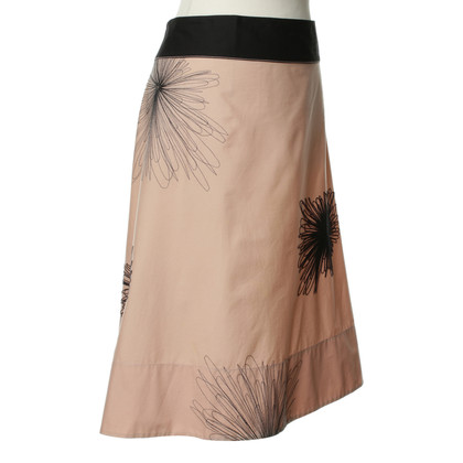 DKNY skirt with floral embroidery
