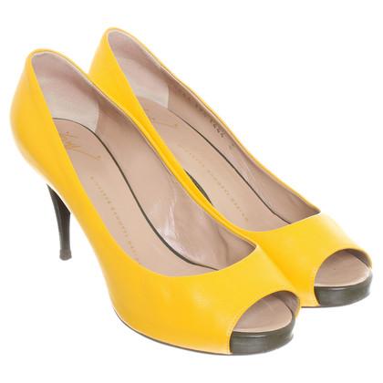 Giuseppe Zanotti Peep-toes in sunny yellow