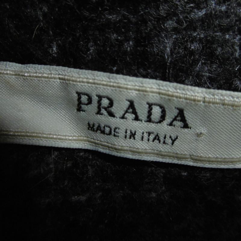 Prada mantel second hand