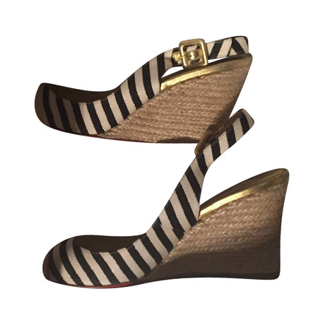 Farbe Andere Andere Louboutin Christian Christian Louboutin Farbe Christian Wedges Wedges PqAzw