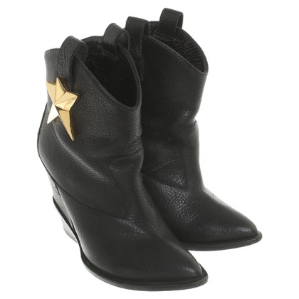 Giuseppe Zanotti Leather ankle boots in black