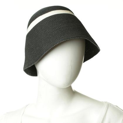 Max Mara Hat in grey/white