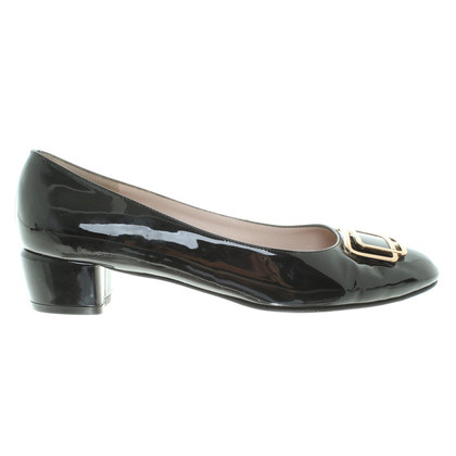 Salvatore Ferragamo Lackleder-Pumps in Schwarz