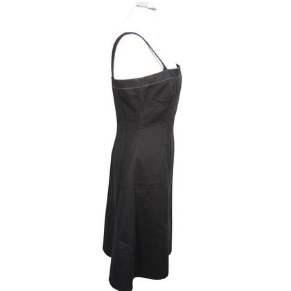 Tahari Trägerkleid in Schwarz