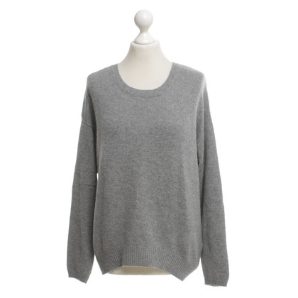 Allude Knitted pullover in grey