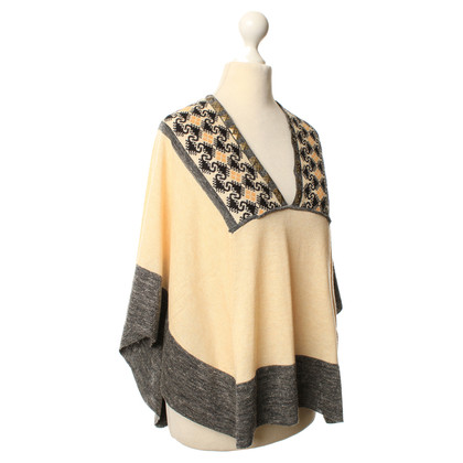 Hoss Intropia Poncho with decorative pattern