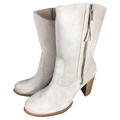 UGG Australia Suede sheepskin ankle boots